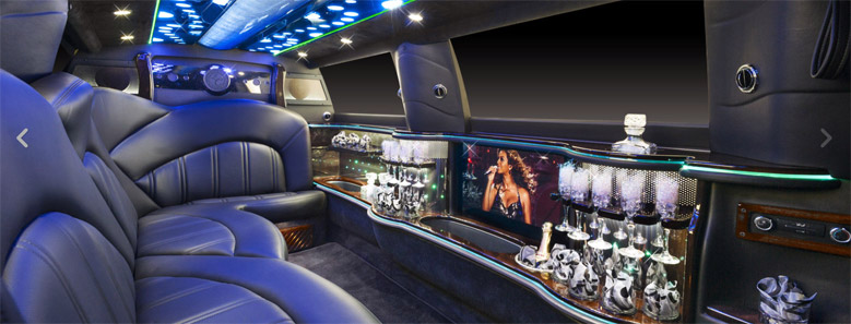 Lincoln-Interior-Limousine-Rental-Boston