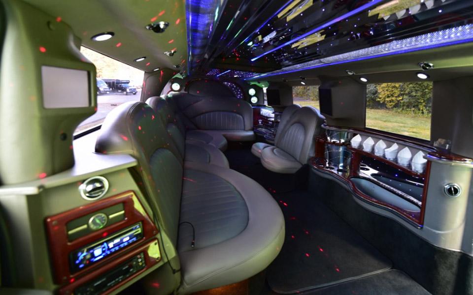 Hummer-Limousine-Interior